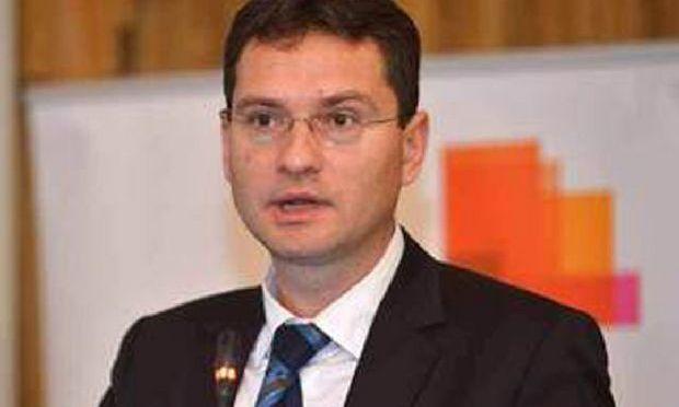Manolescu, MFP: Creăm cadrul pentru stabilirea holdingurilor în România