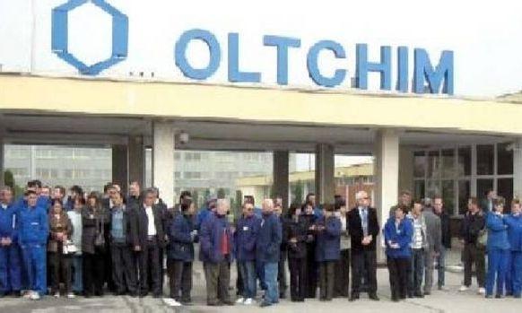 Sindicaliştii Oltchim merg la Guvern să-şi recupereze 6 milioane euro