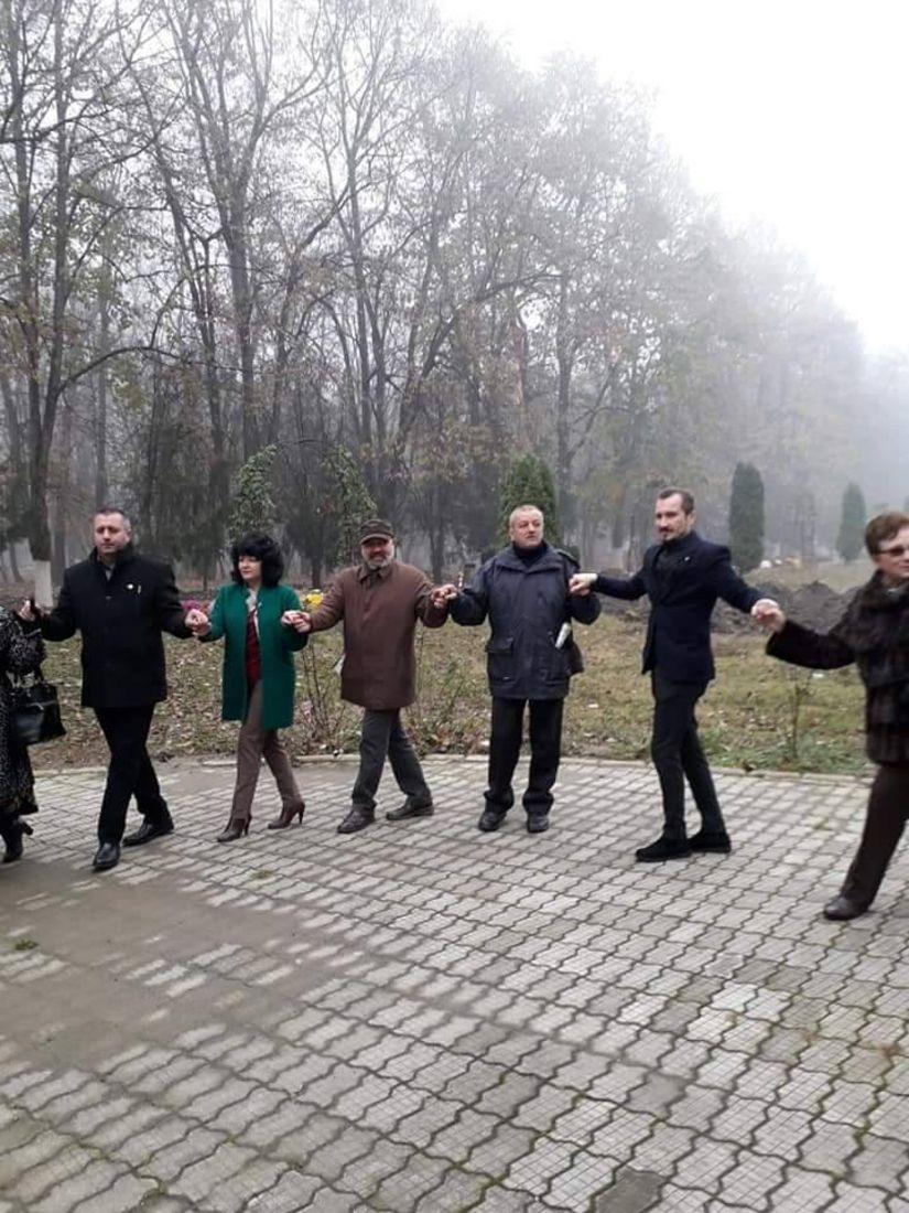 Ploieşti: Bust al lui Iancu Flondor, artizan al unirii Bucovinei cu România